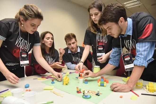 Processos seletivos, com o da Nestlé, incluem jogos e até a criação de aplicativos | Divulgação