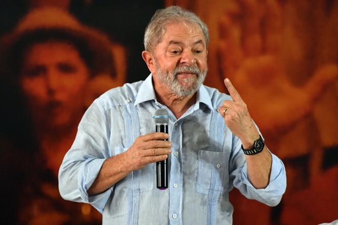 """Lula: """"[A jararaca] podia ter mordido os caras que foram lá encher o saco. Mas não mordeu"""".   Nelson Almeida/AFP"""
