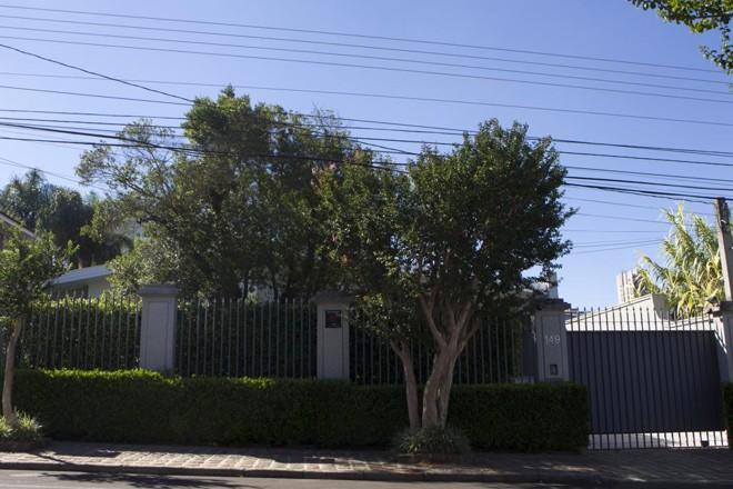 Fachada da casa da família Carli em Guarapuava. | Daniel Caron/Gazeta do Povo