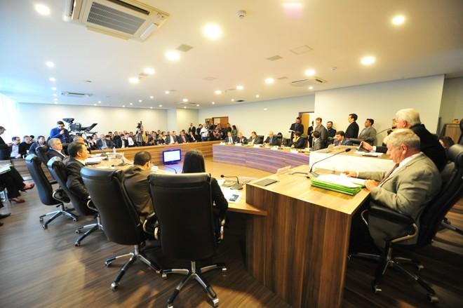 AComissão de Constituição e Justiça (CCJ)em sessão   Pedro de Oliveira/Assembleia Legislativa
