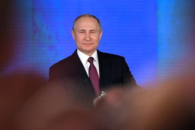 Se ganhar as eleições neste mês, Vladimir Putin completrá um quarto de século no comando da Rússia | YURI KADOBNOVAFP