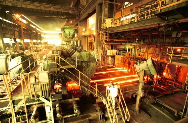 Anúncio de sobretaxação do aço brasileiro pelos Estados Unidos atiçou a sanha protecionista da indústria nacional. | Antonio Costa/Arquivo / Gazeta do Povo
