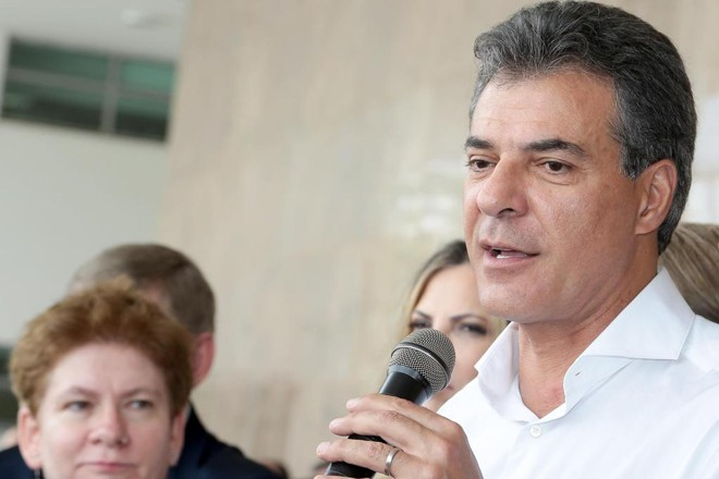 Declaração dada pelo governador Beto Richa não abrange a totalidade dos contratos | Jaelson Lucas/ ANPr