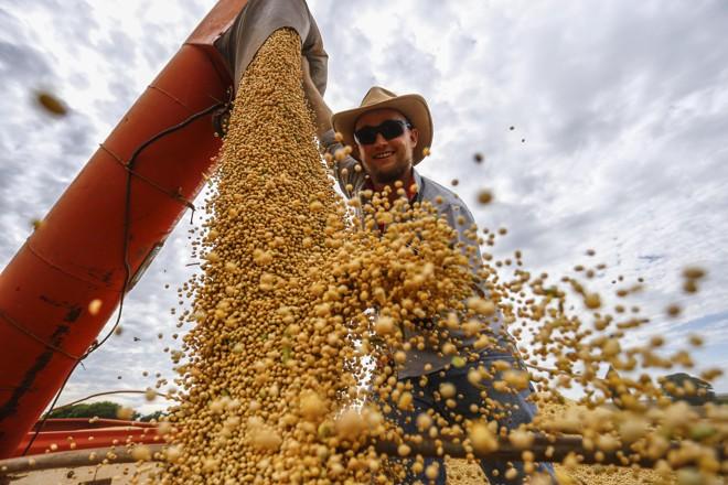Segundo o IBGE, o agronegócio teve em 2017 o melhor ano desde 1996 – início da atual série  histórica – e cresceu 13%. | Jonathan Campos/Gazeta do Povo