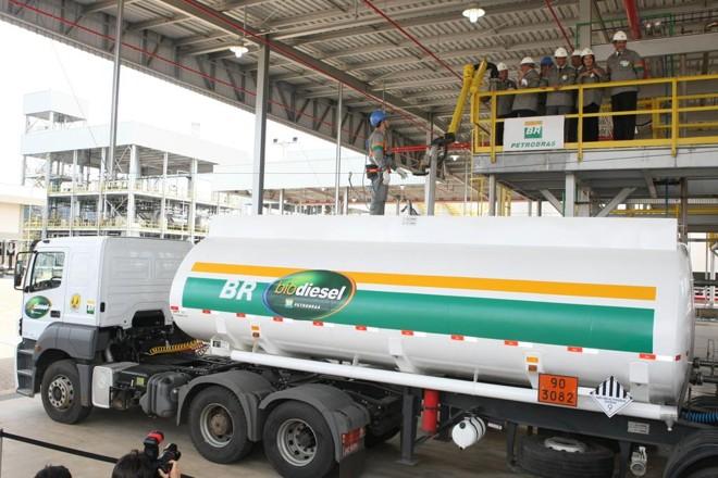 Combustível deverá levar, obrigatoriamente, 10% de biodiesel na fórmula | CARLOS RHIENCK/CARLOS RHIENCK