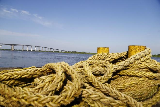 Com uma rede de 35 terminais de grãos – 24 no Rio Paraguai e 11 no Rio Paraná –, e mais 12 em construção, o país exporta 96% do que produz pelos rios. | Jonathan Campos/Gazeta do Povo