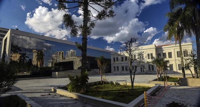 Fachada do Centro Judiciário, no Ahú, em Curitiba. | TJ-PR/Divulgação
