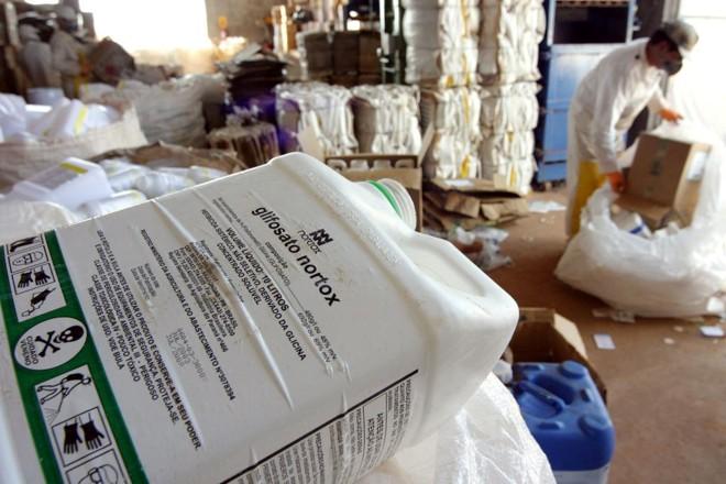 Posto de coleta de agroquímicos em Ponta Grossa (PR):   Arquivo/Gazeta do Povo
