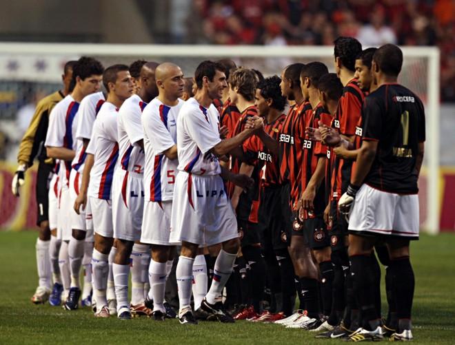 Imagem do último duelo entre Atlético e Paraná pela Primeira Divisão. | Albari Rosa/Gazeta do Povo