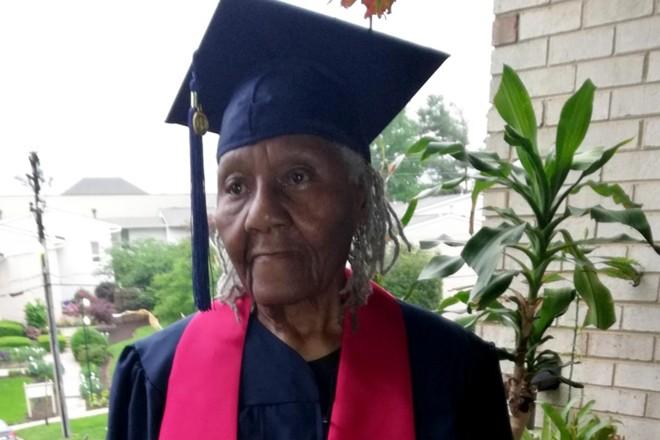 Ella Washington abandonou a escola na sexta série para ajudar a família. Logo se mudou para a capital americana, onde trabalhou para sustentar os doze filhos até se aposentar aos 83 anos. | Liberty University.