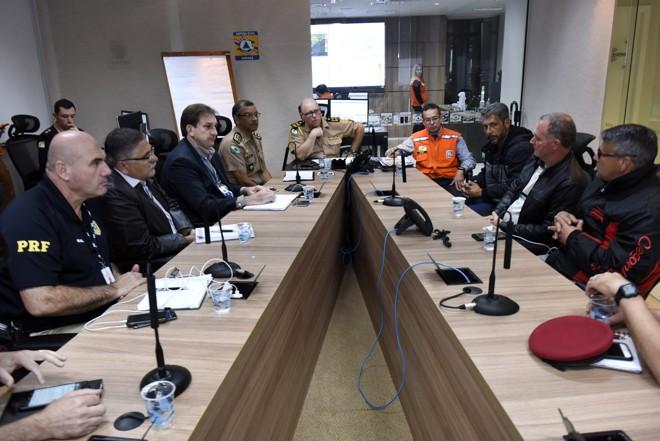 Representantes do governo do estado e dos caminhoneiros se reuniram na quinta-feira (24). | Divulgação/AEN-PR