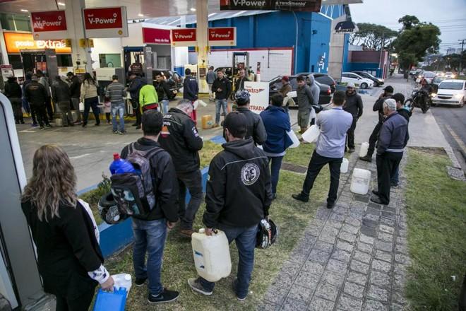 Ao todo, 47 usinas brasileiras foram impactadas pela crise e suspenderam as atividades, total ou parcialmente.   Marcelo Andrade/Gazeta do Povo