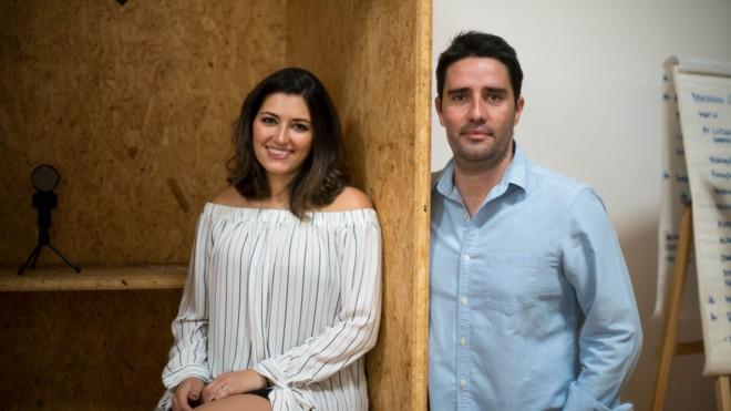 Stephanie Passos e Bruno Negretti fundaram a Knowe em julho de 2016. | Divulgação/