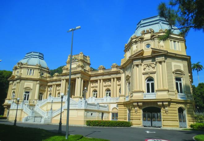 O Palácio Guanabara pertencia ao patrimônio privado da princesa Isabel e de seu marido, o conde d'Eu   Governo do Estado do Rio de Janeiro