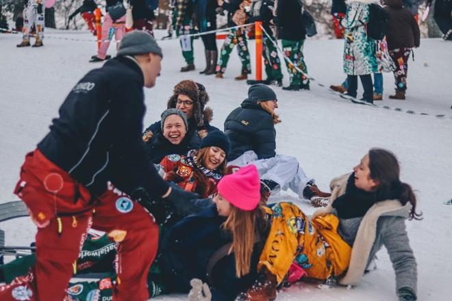 Finlandeses são o povo mais feliz do mundo, segundo relatório das Nações Unidas | Ethan Hu/ Unsplash