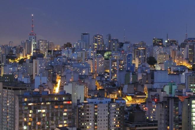Centro de SãoPaulo à noite. | Júlio Boaro/Flickr