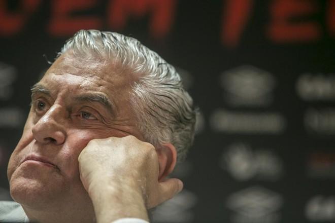 Petraglia disse que irá se afastar do futebol do Atlético   Marcelo Andrade/Gazeta do Povo