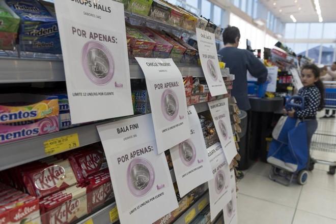 3c2c64d9d6 Promoção de produtos a R  1 em supermercado de Curitiba  ação frequente