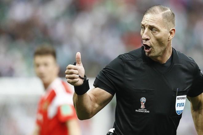 Néstor Pitana é o árbitro da decisão do Mundial, entre Croácia e França, no próximo domingo. | Jonathan Campos/Gazeta do Povo