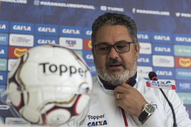Os frutos do trabalho do  técnico Rogério Micale na parada para a Copa serão observados na partida contra o Vitória. | Henry Milleo/Gazeta do Povo