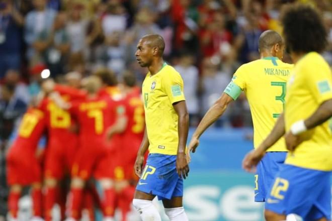 Fernandinho, contra, fez o primeiro gol da Bélgica na derrota | Jonathan Campos/Gazeta do Povo