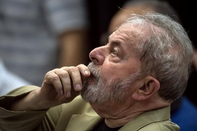 Luiz Inácio Lula da Silva segue preso na Superintendência da Polícia Federal, em Curitiba. | NELSON ALMEIDA/AFP