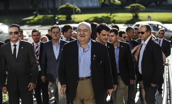 Greca chega para o primeiro dia de trabalho na prefeitura, em janeiro de 2017.   Jonathan Campos/Gazeta do Povo