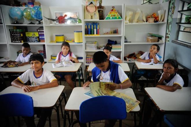 "MEC afirma queseu papel é ""de caráter suplementar no apoio aos sistemas de ensino municipais, estaduais e do Distrito Federal"". | Arquivo/Agência Brasil"