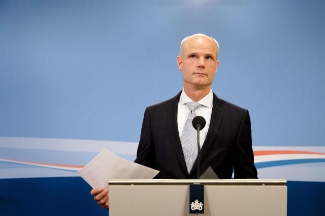 Posicionamento de Stef Blok, chanceler dos Países Baixos, despertou fortes críticas entre parlamentares | BART MAAT/AFP