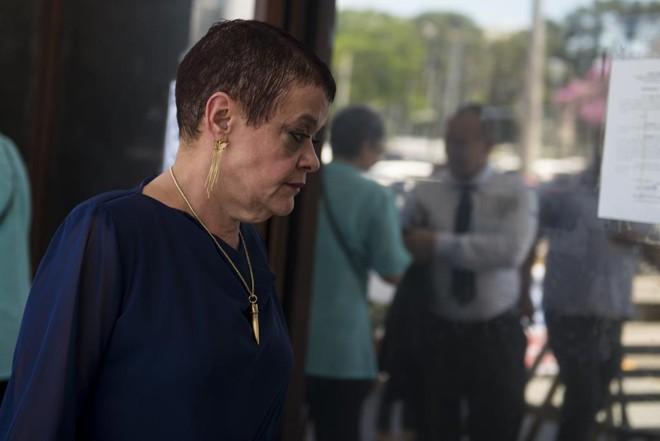 Imagem da médica Virginia Helena Soares de Souza, em dezembro de 2013. Em abril de 2017, ela foi inocentada  da acusação de matar doentes terminais na UTI do Hospital Evangélico, em Curitiba | Henry Milleo / Arquivo Gazeta do Povo