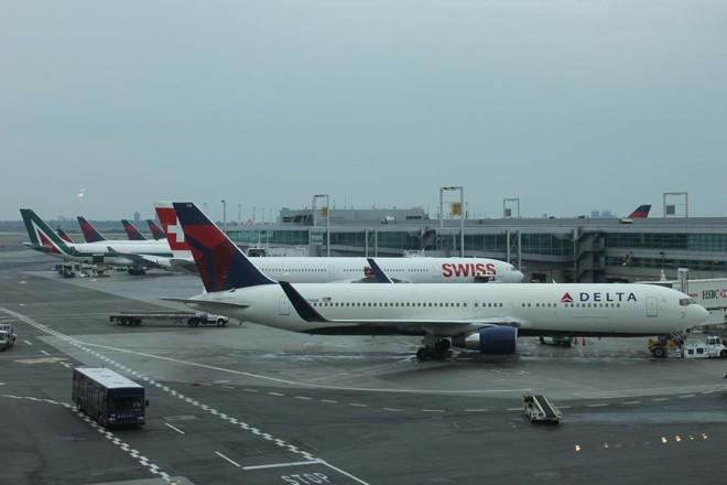 Passagens aéreas são o produto mais popular na hora de resgatar os pontos. | lancebonpin/Pixabay