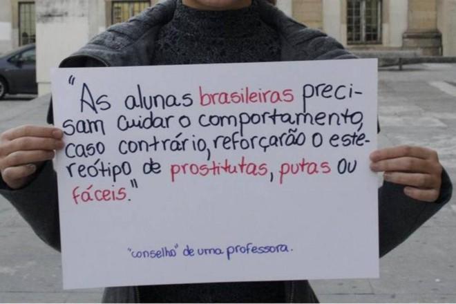 Estudantes brasileiros protestam contra o preconceito na Universidade de Coimbra  em 2014. | Reprodução/Facebook.
