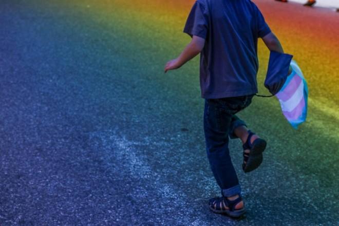 Uma em cada duas meninas biológicas que se identificam como meninos tentou se matar no ano passado, mostra novo estudo | Unsplash