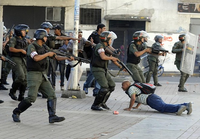   Leo Ramirez/AFP