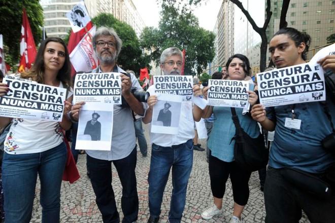 Ato de repúdio ao golpe militar de 1964 no centro do Rio de Janeiro, em 2014   Fernando Frazão/Agência Brasil