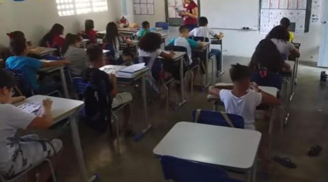 """Imagem do vídeo """"Educação do Mal"""": jornalista faz acusações em vídeos publicados no YouTube e está sendo processado pela PGE do Ceará   Reprodução/YouTube"""