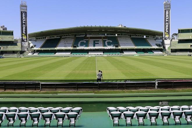 Taça Kaiser será disputada no Couto Pereira em janeiro. | Jonathan Campos/Gazeta do Povo