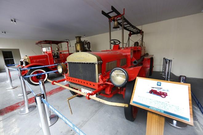A viatura de 1912 ainda tem as rodas de madeira e precisa de revisão mecânica e restauração | Aniele Nascimento/Gazeta do Povo