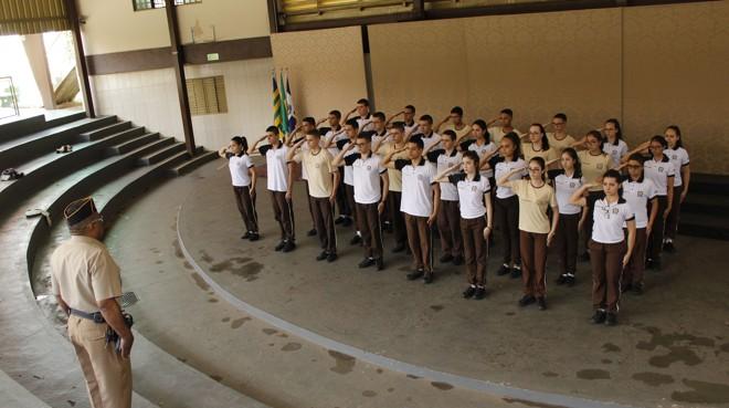Alunos do Colégio Militar Dr. Cezar Toledo, em Anápolis | Ana Paula Moreira /Especial para a Gazeta do Povo