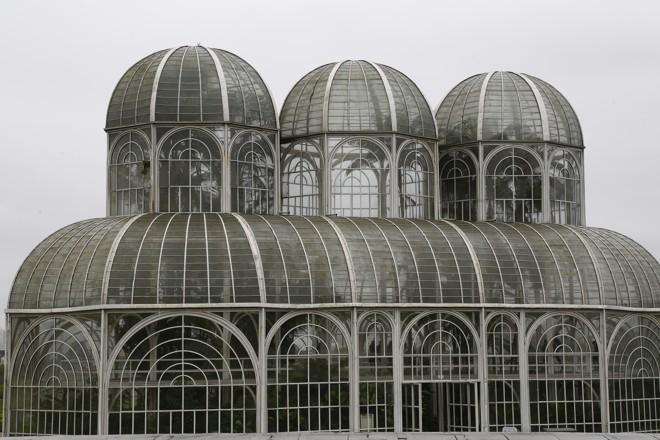 A estufa do Jardim Botânico  necessita de limpeza e manutenção | Aniele Nascimento/Gazeta do Povo