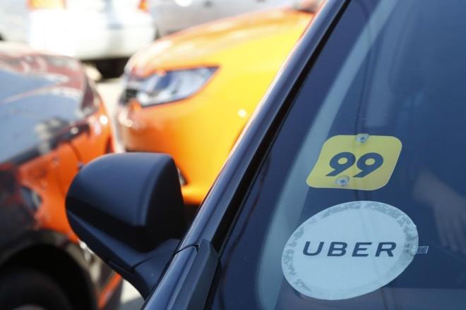 Carro que opera na Uber e na 99. | Aniele Nascimento/Gazeta do Povo