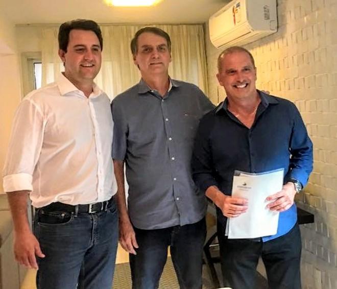 Ratinho Junior, Jair Bolsonaro e Onyx Lorenzoni em encontro no Rio de Janeiro. | Divulgação/