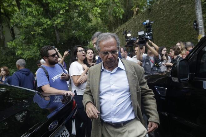 O economista Paulo Guedes será o chefão do novo Ministério da Economia.   Mauro Pimentel/AFP