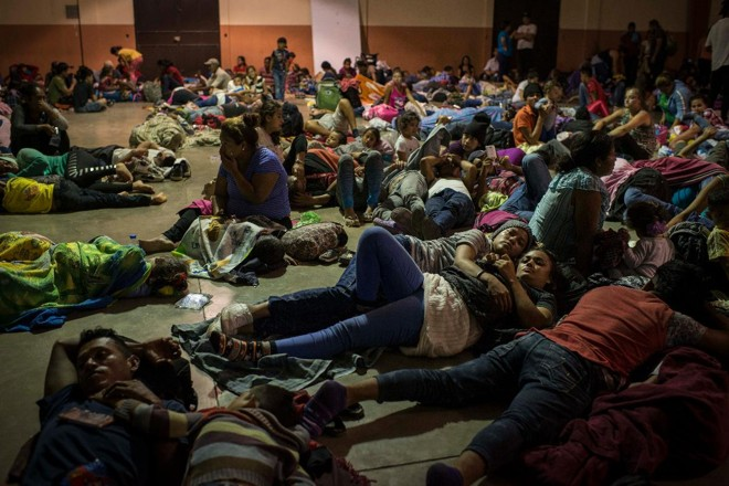 Migrantes em abrigo improvisado em escola no Sul da Guatemala | Daniele Volpe/Washington Post