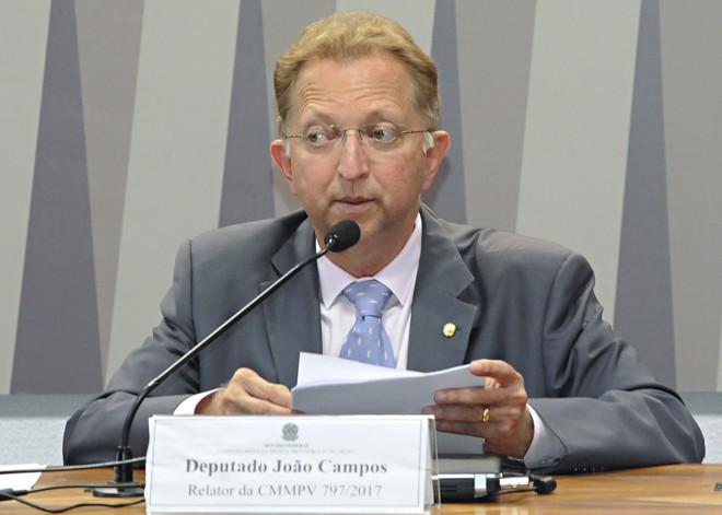 Ex-escrivão e delegado da Polícia Civil de Goiás, João Campos tem atuação parlamentar voltada a temas como defesa da família.   Waldemir Barreto/ Agência Senado