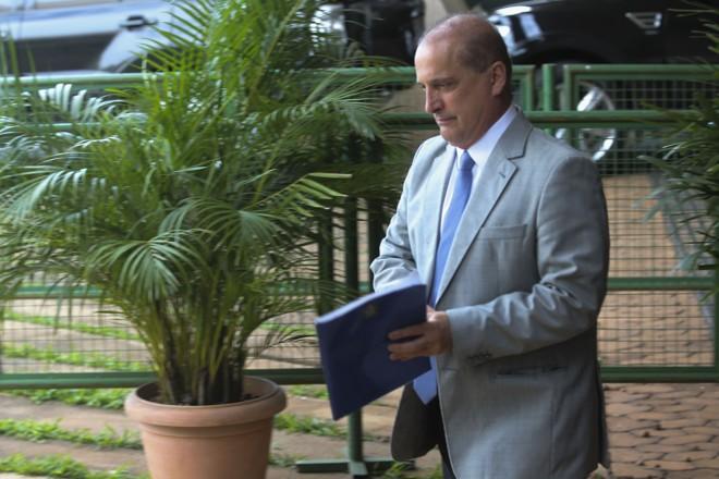 Excesso de poder do futuro ministro da Casa Civil Onyx Lorenzoni já estava causando ciúmes em aliados de Jair Bolsonaro. | Antonio Cruz/Agência Brasil