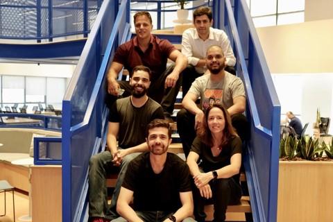 Monica Saccarelli e a equipe da Diin:a missão da fintech é facilitar o investimento em títulos públicos. | Diin/Divulgação