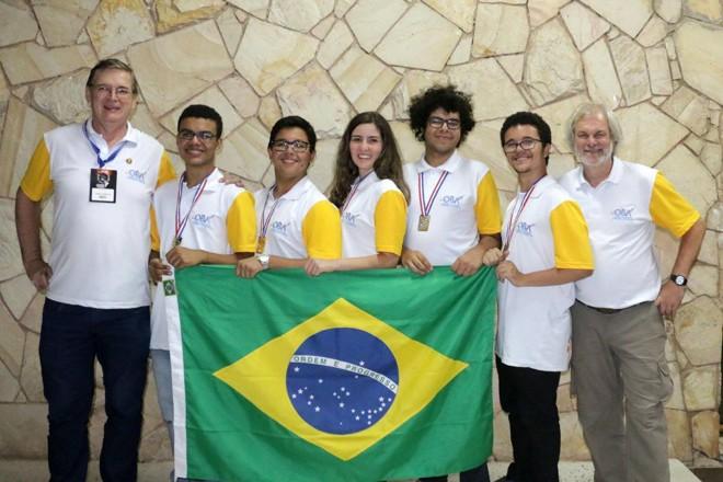 Os integrantes da equipe passaram todo o tempo de preparação juntos, o que contribuiu para o entrosamento do time desde o começo da competição no Paraguai | Cortesia/Julio C. Klafke.