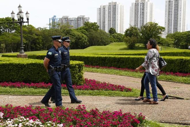 Jardim Botânico é um dos parques que terá reforço da Guarda Municipal no verão. | Aniele Nascimento/Gazeta do Povo