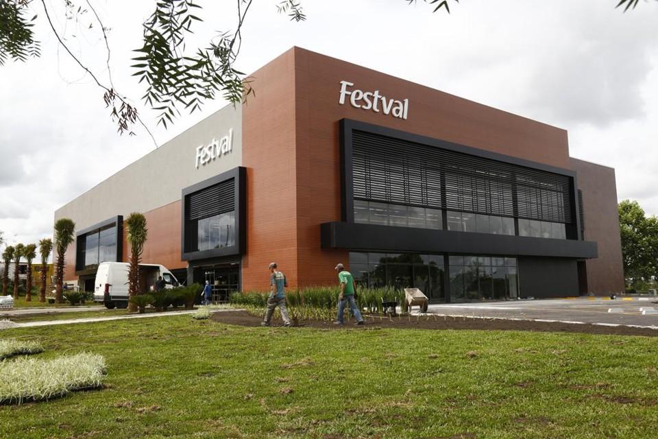 41a54608a Festval inaugura supermarcado na Região Metropolitana de Curitiba